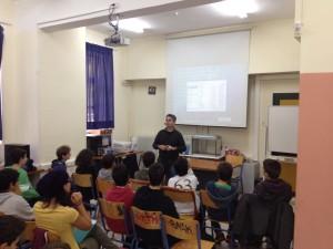 Ο SV1NJX ενημερώνει τα παιδιά του Προτύπου Γυμνασίου Αναβρύτων